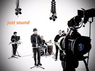 JUST SOUND QUINTET